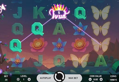 Призовая комбинация символов в игровом автомате Butterfly Staxx